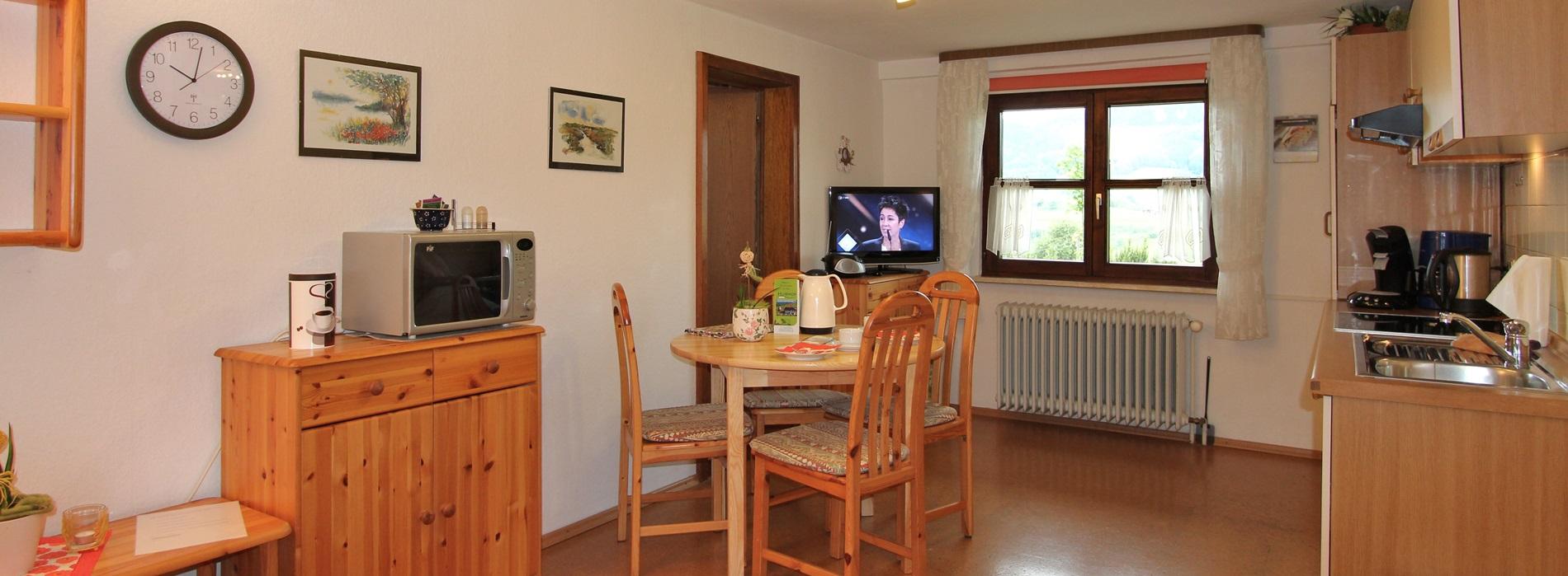 Talblick Küche Ferienwohnung Oberharmersbac